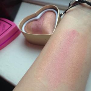 blusher swatch