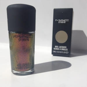 MAC Studio Nail Lacquer in Mean & Green